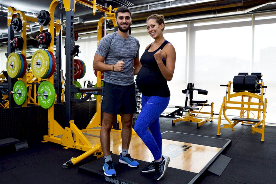 Maya Nassar – A Pregnant Woman Who Workout
