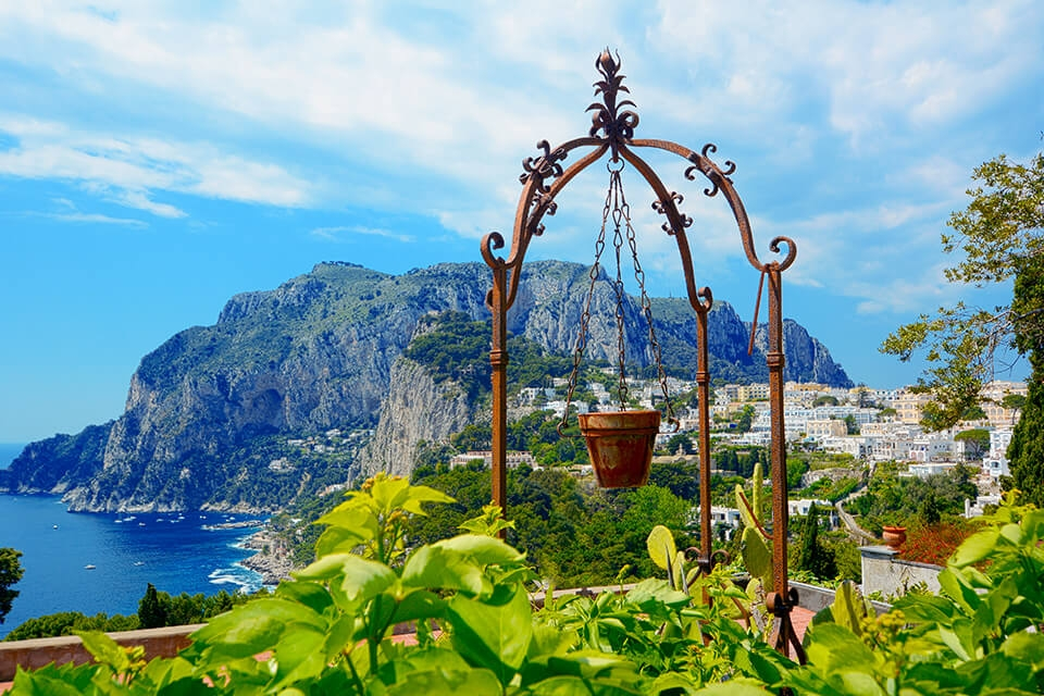 Travel Escape to Capri - Italy