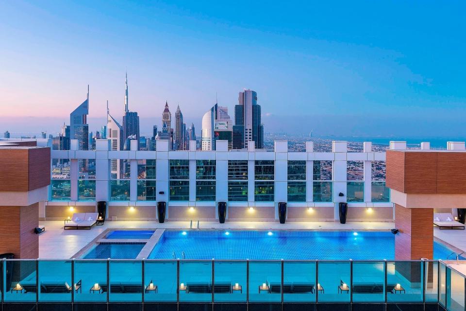 My Hotel Stay Experience in Dubai – Sheraton Grand Hotel